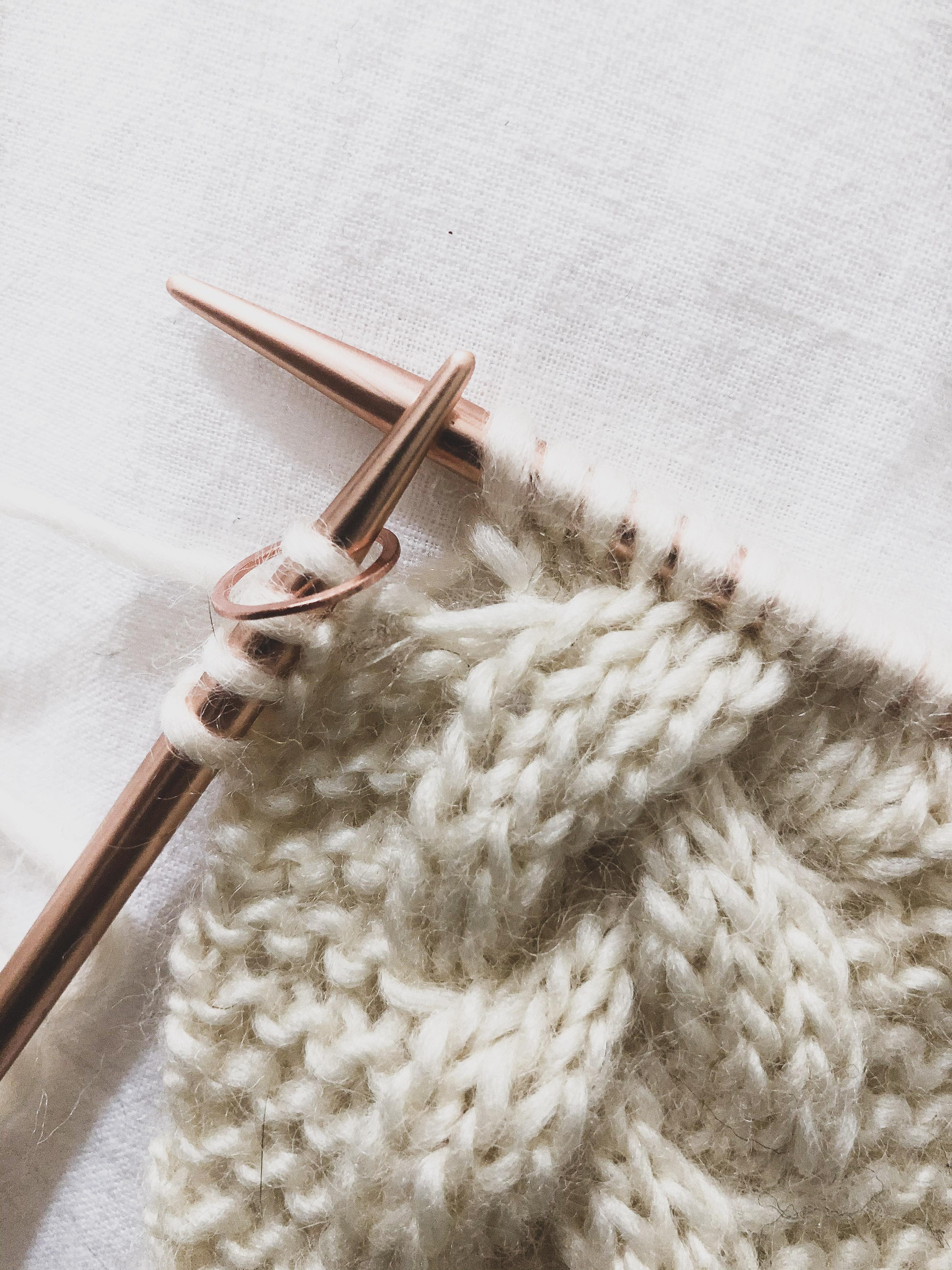 tricoter des torsades et des tresses pour débutant